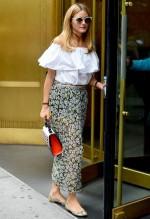 ユニクロCM 新垣結衣 着用の【2wayラッフルオフショルダーT】でアラサー春夏ファッションコーデ!
